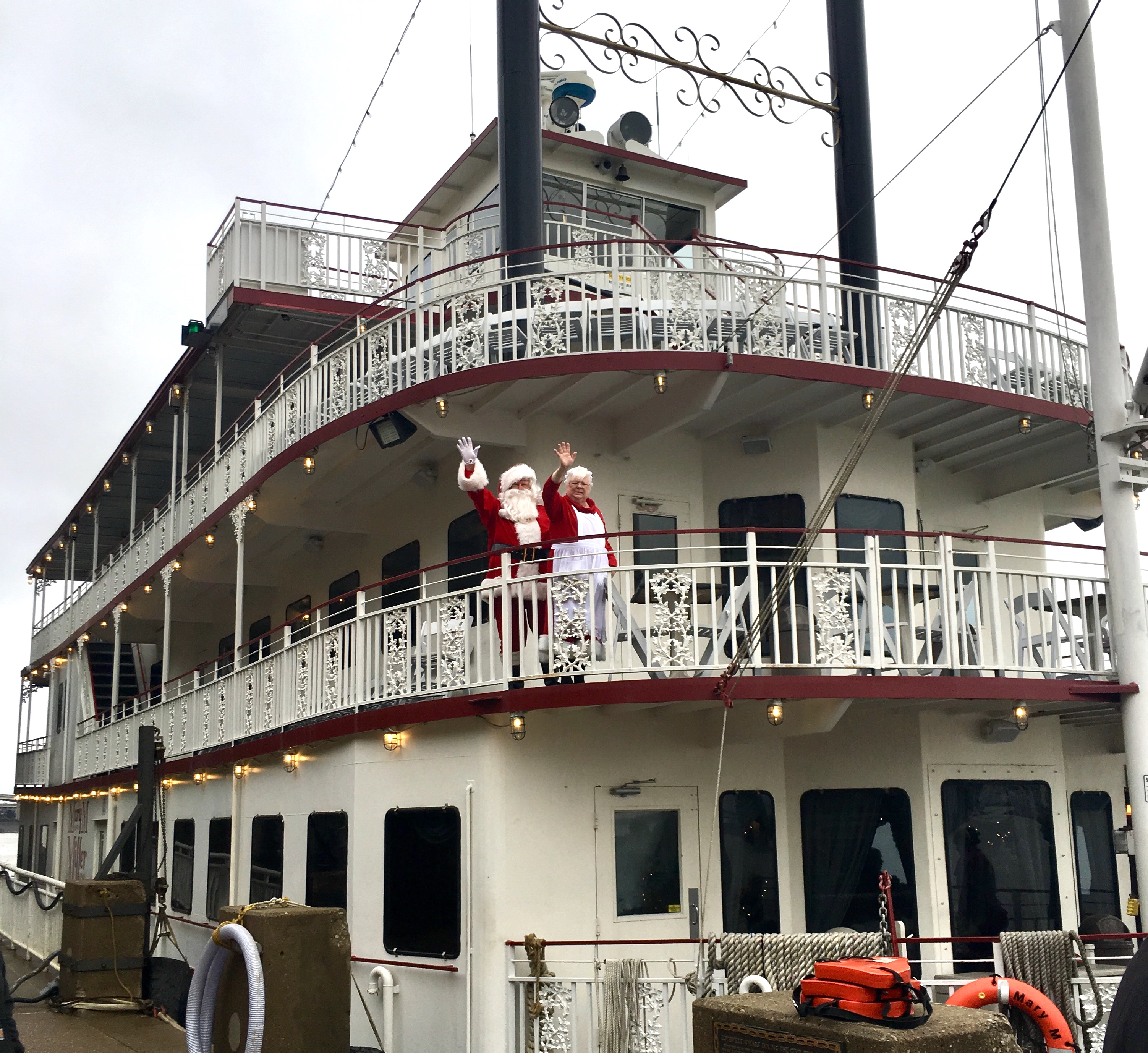 Brunch with Santa on the Mary M Miller Belle of Louisville - Circle City Adventure Kids